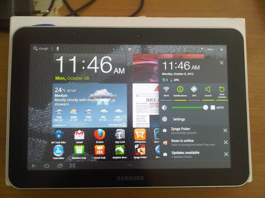 Samsung Galaxy Tab 8.9 P7300 MURAH !!!!!!!! JUAL CEPAT