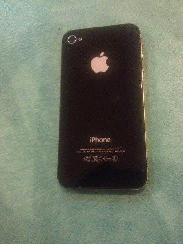 Jual Iphone 4s 16GB Hitam Second bisa COD or Rekber