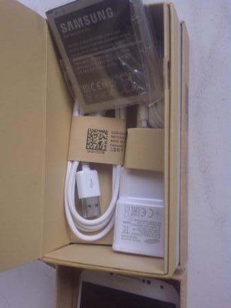 Samsung Galaxy S4 GT-I9500 White BARU BUKA SEGEL DOANG