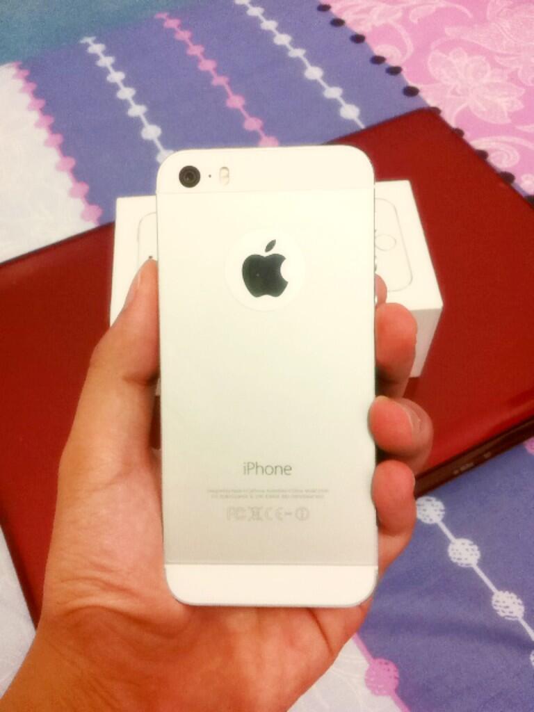 I phone 5 S Silver 16GB Harga Kaskuser masih bergaransi
