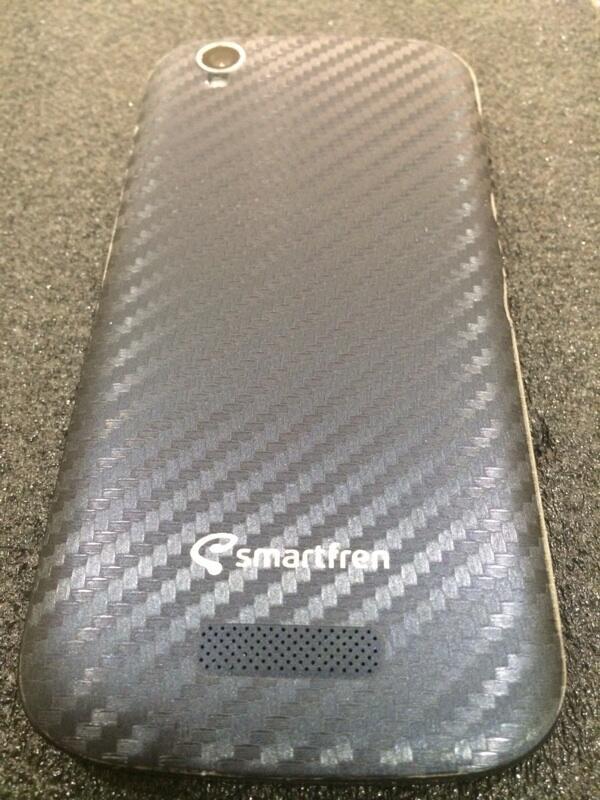 SmartFren Andromax V2 blue