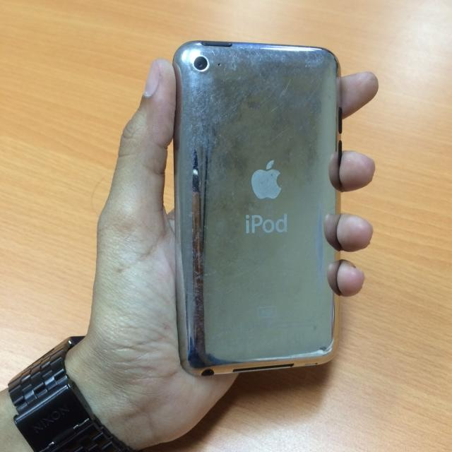 Jual IPOD Touch Gen 4 8gb ( putih )