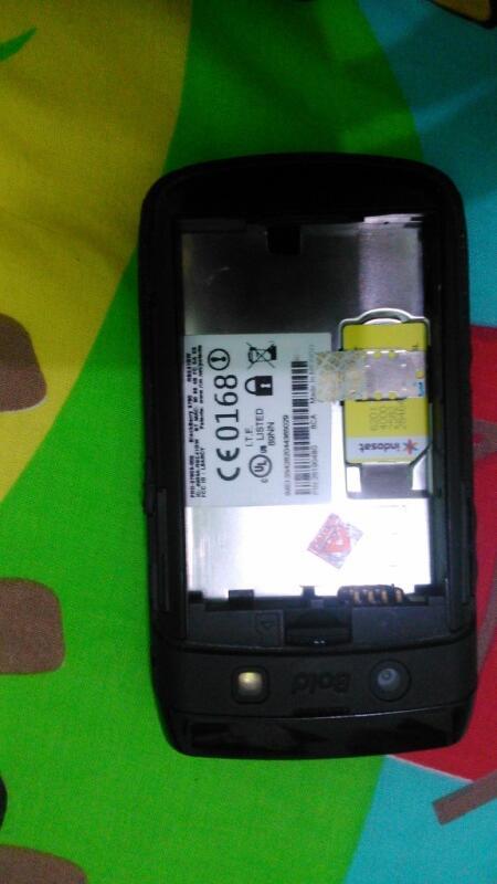Sell Blackberry Onyx 2 a.k.a BB 9780