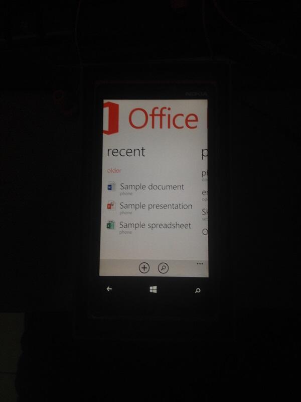 WTS Nokia Lumia 920 RED (Bandung)