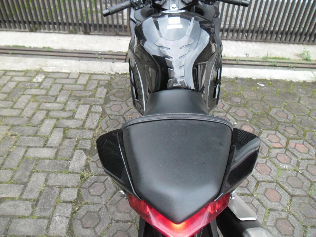 Kawasaki Ninja 4 Tak 250 CC 2013 Hitam KM 6 Rb Bandung