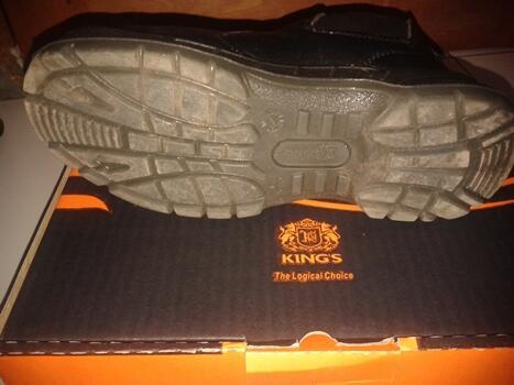 Sepatu - Safety Boots Merk Kings