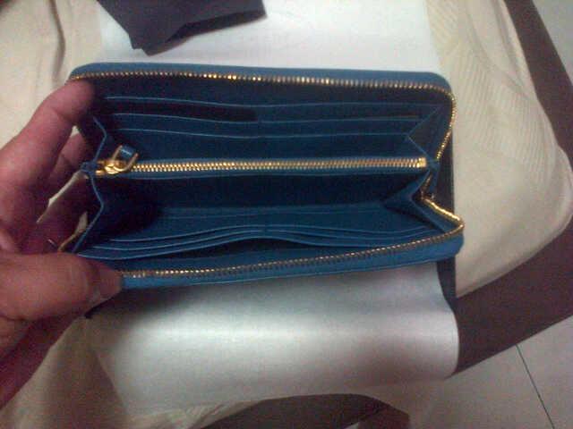 Terjual Jual Dompet wanita Prada Original from Milan (bukan KW)  d0911de5b6