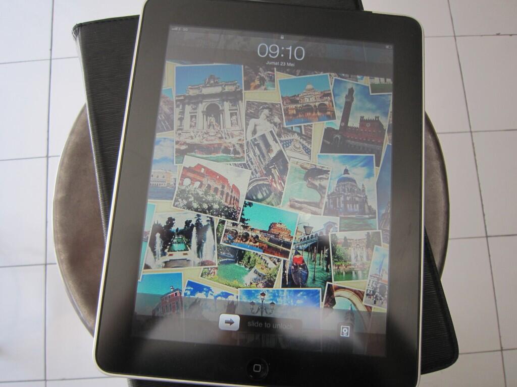 iPad 1stGen 64GB Cellular+Wifi