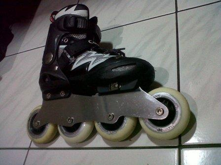 Terjual Frame Sepatu Roda Inline Skate Roda Max 80 Mm Kaskus 2aa199e388