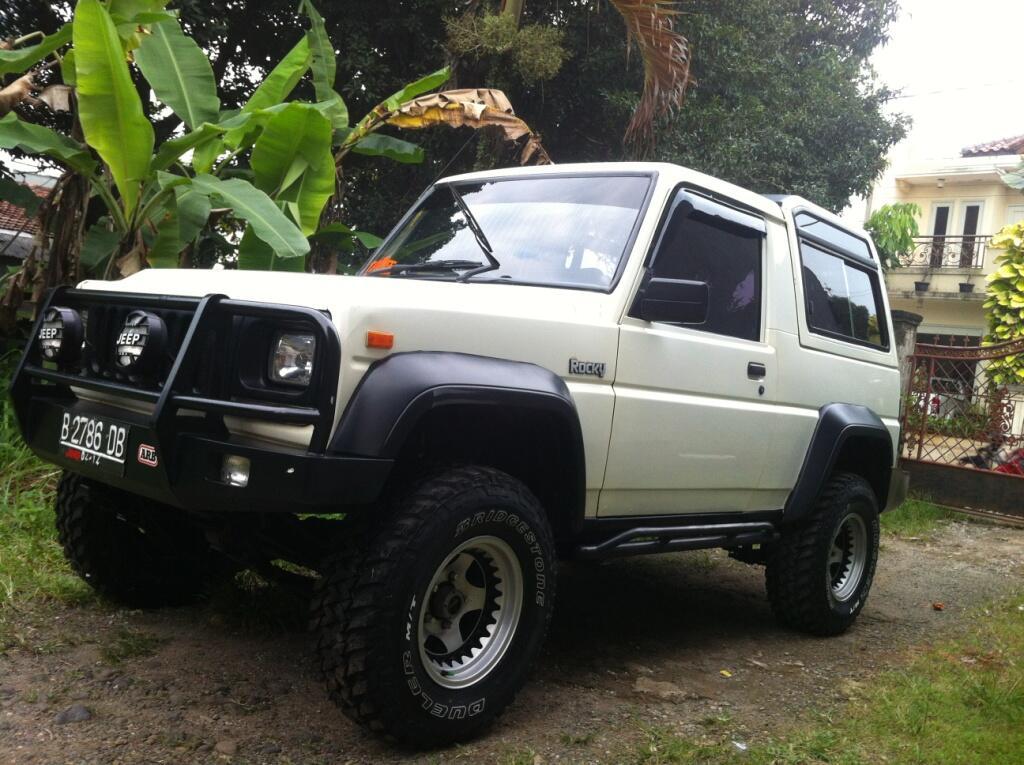 Rocky 4x4 Aktif. Th.1993 Full Orisinil Prima Standar Pabrik.