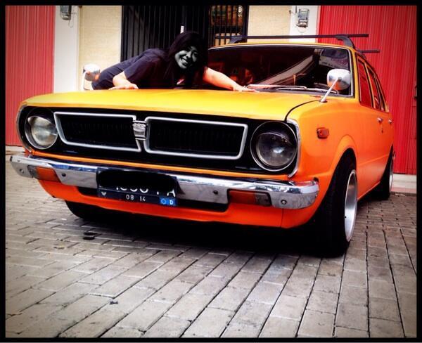Toyota corolla corvet th 75 Orange Doff