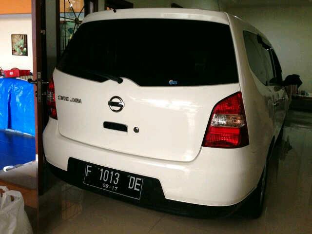 Jual Mobil Nissan Livina 2012
