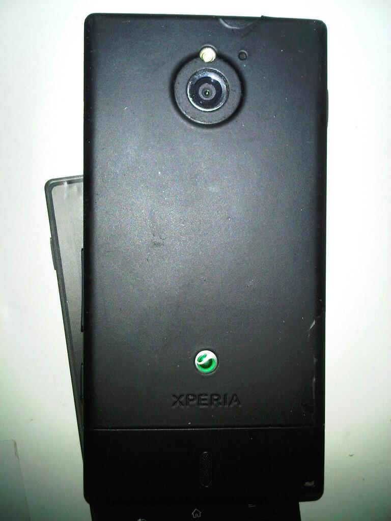 Sony Xperia Sola MT27i Hitam Fullset Segel 1,2jt Surabaya