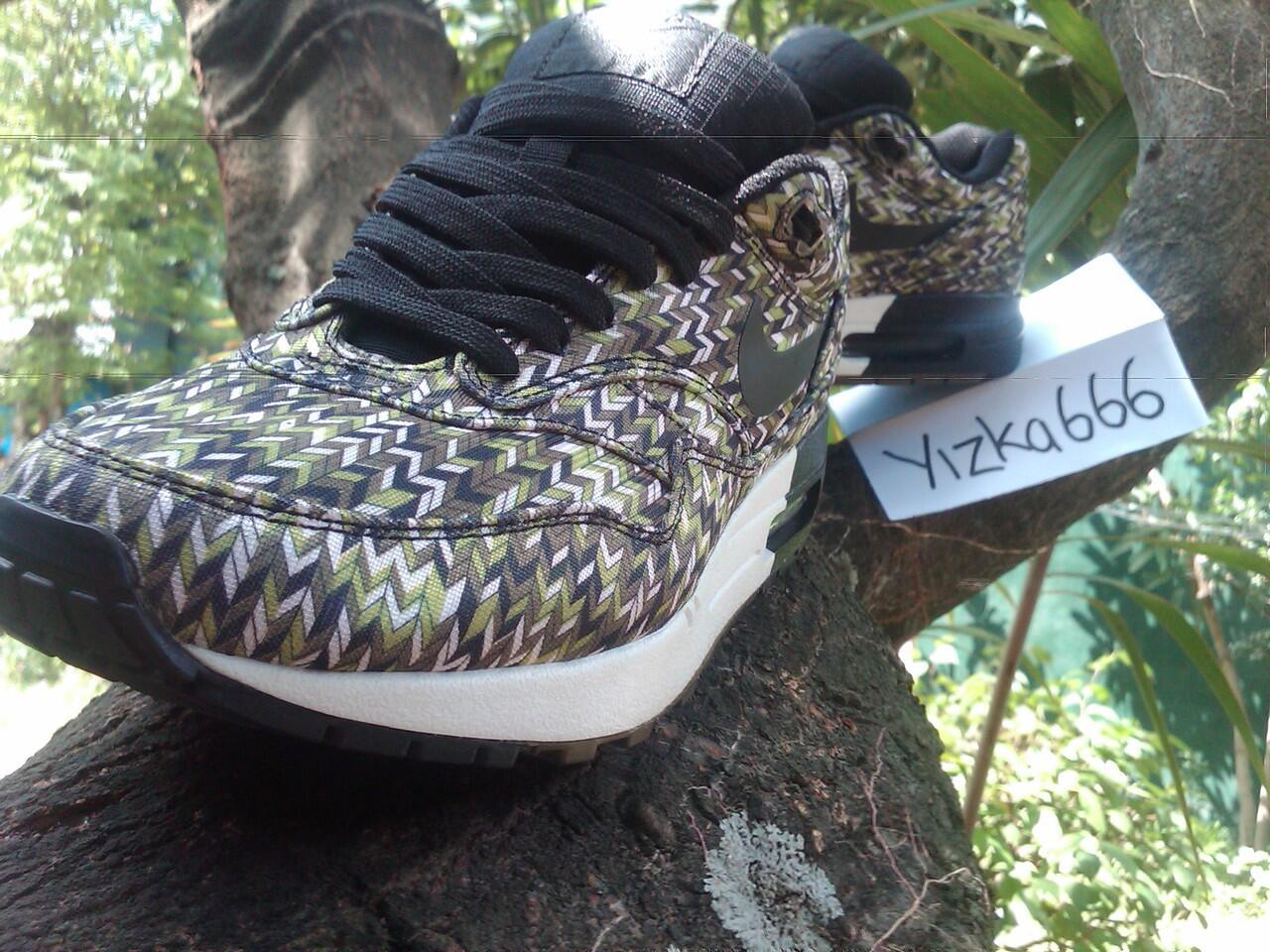 """Nike Air Max 1 Premium SP """"Zig Zag Pack"""" Black Sequoia"""