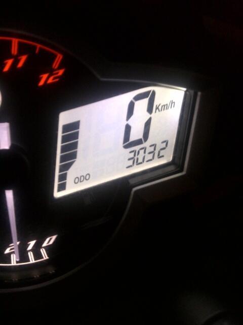 MOTOR NEW VIXION LIGHTNING 2013 HITAM>>>PLAT B DEPOK>>>KILOMETER baru 3rbu ISTIMEWA>>