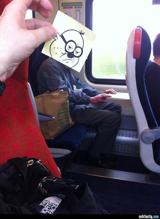 Cara Kreatif untuk Menghabiskan Waktu di Kereta Api
