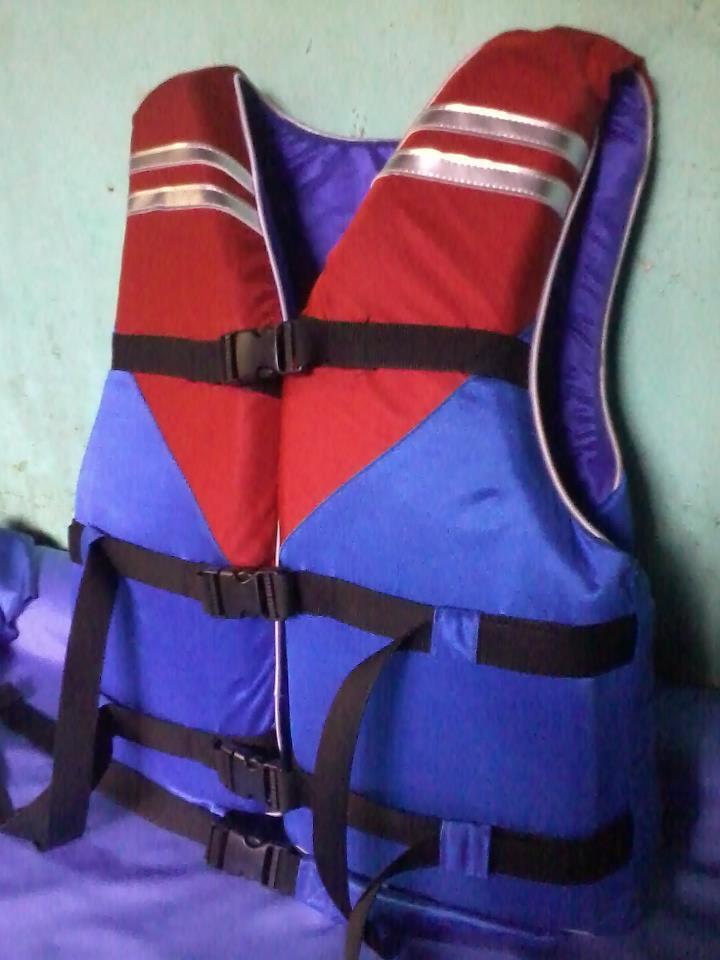 Pelampung/Life Jacket Lokal Murah.085710937939