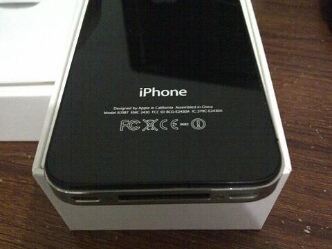 iPhone 4s 32Gb Black - Hitam   Factory Unlocked FU   Bekas Second   Lengkap    2f012f4e11