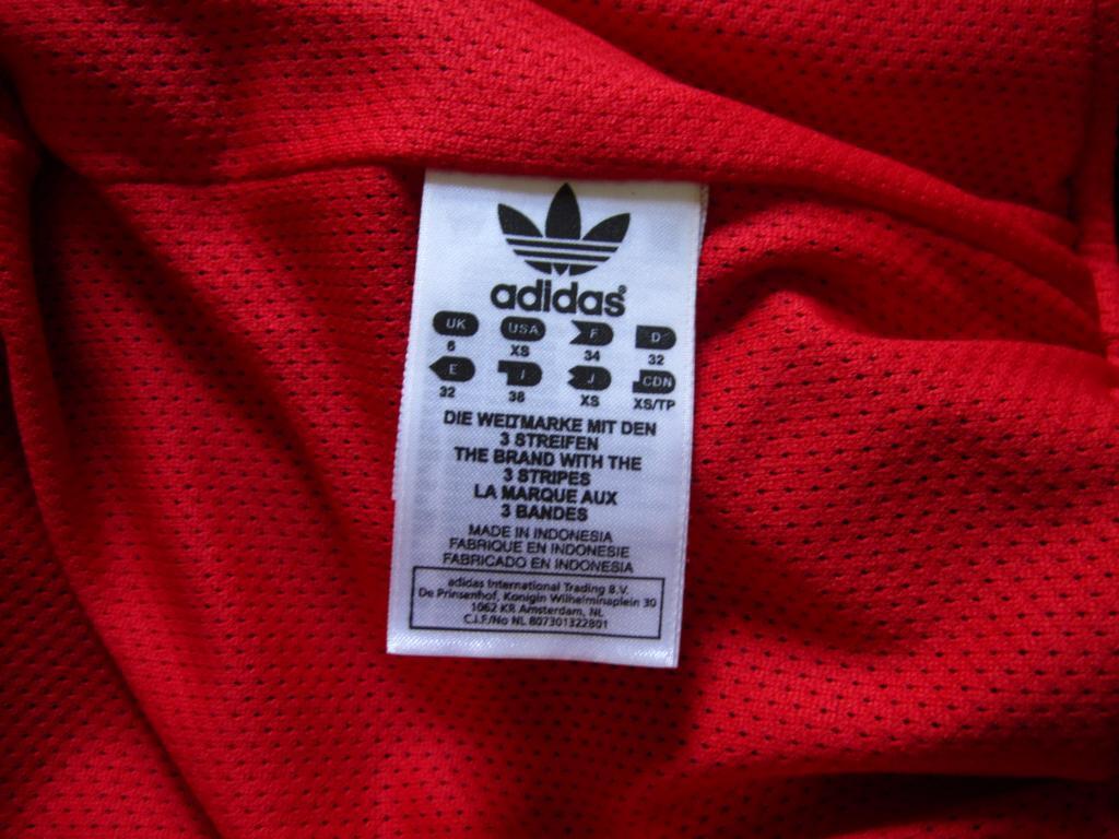 Jaket Adidas Waterproof , Windbreaker , GRADE ORIGINAL... limited stock gan :D