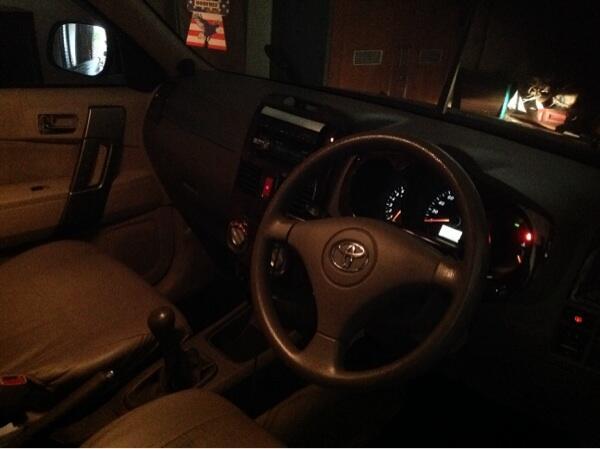 Toyota Rush G 2010 jual murah,pemilik sendiri bukan showroom