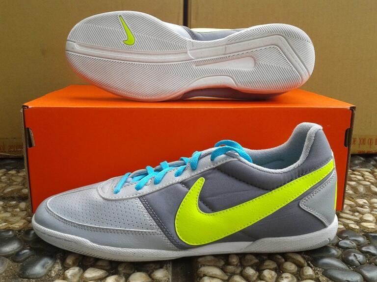 Jualan Sepatu Futsal NIKE DAVINHO Wolf grey Original