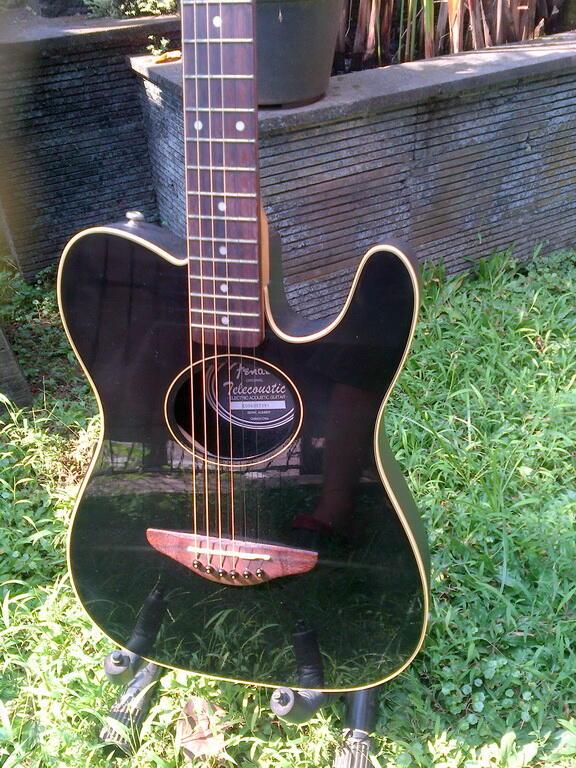 Gitar Squire Telecoustic