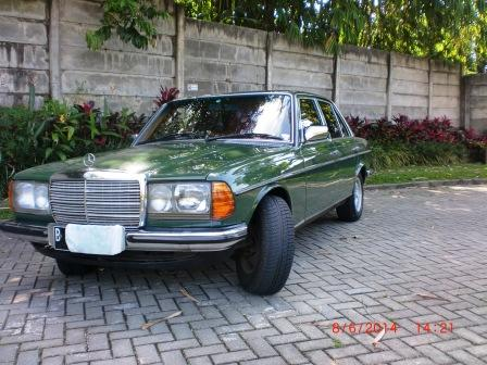 FOR SALE Mercedes Benz 280e
