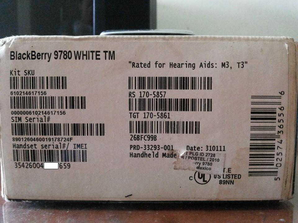 Blackberry 9780 Onyx II White [+Pict] Fullset Bonus MMC 4GB Tangerang-Jakbar