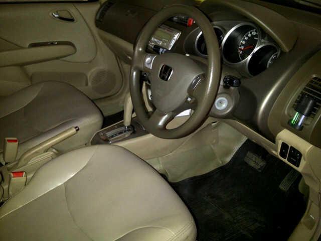 Honda City Idsi 1.5 automatic 2005 warna gold