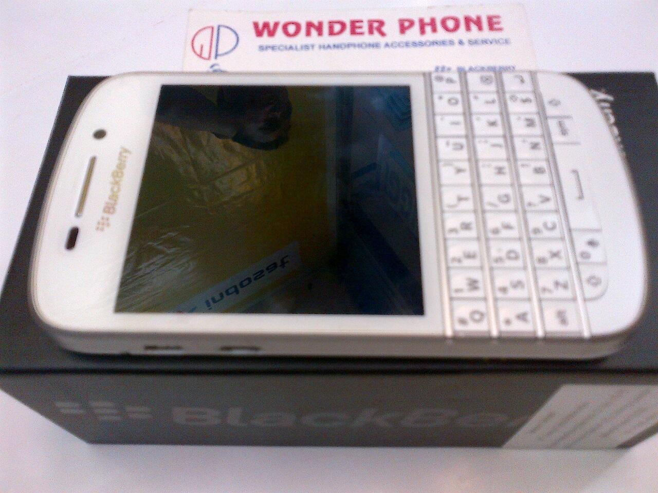 Blackberry Q10 Second Garansi Resmi SCM