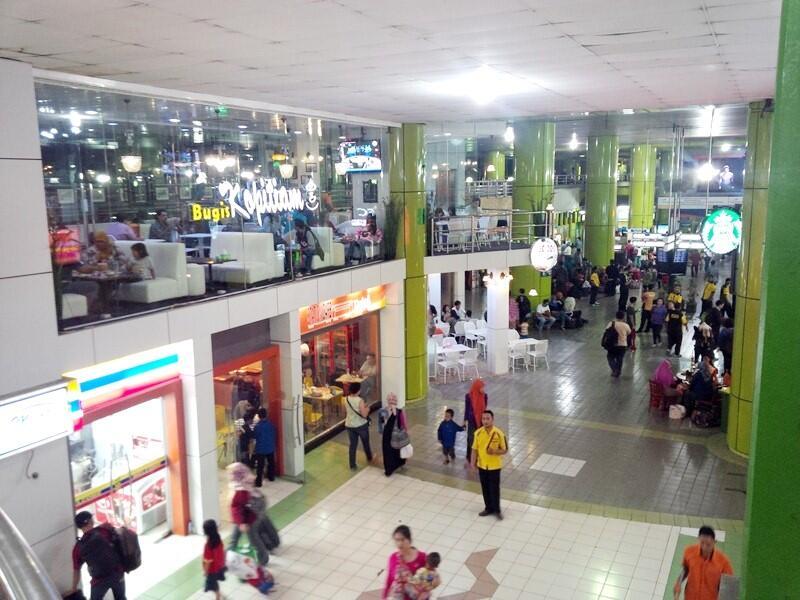 Stasiun Gambir, Jakarta...sekarang