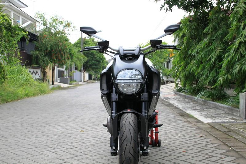 WTS : EXOTIC BIKE DUCATI DIAVEL AMG 2012