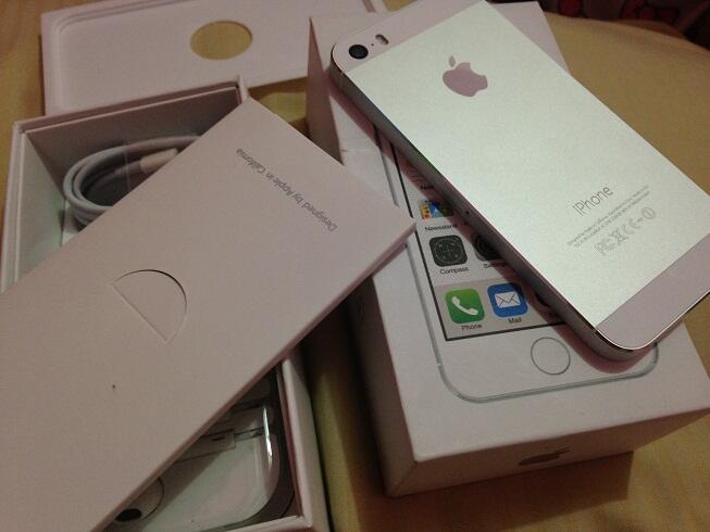 iphone 5s 16gb dan 32gb warna silver