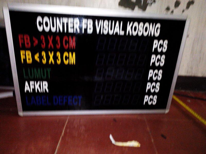 Specialist Neon box Sluminium.panel display acrilic