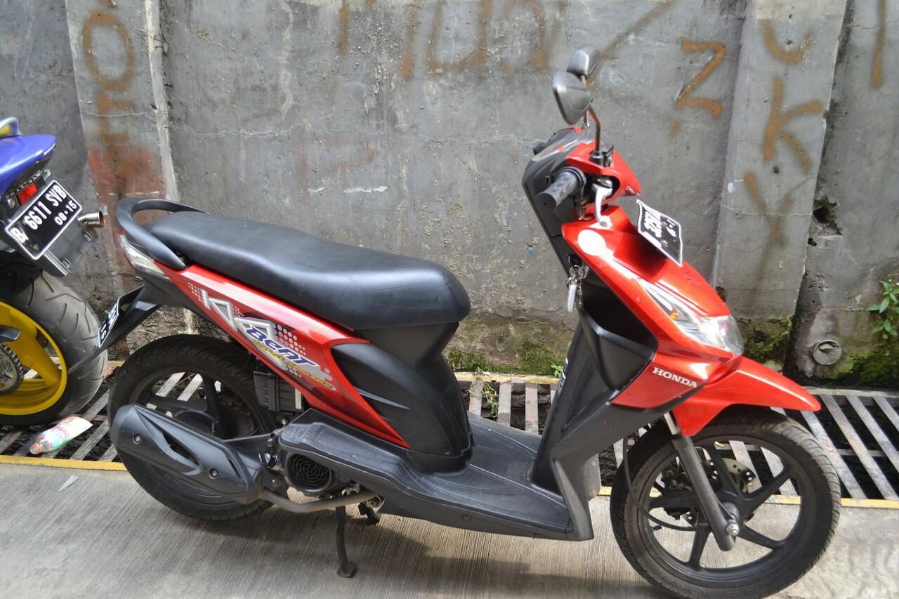 Honda beat CW 2011, tangan pertama, mulus ,istimewa, Low KM.
