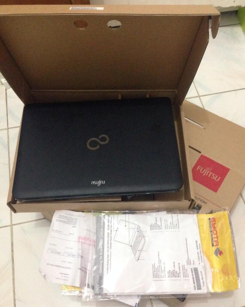 Laptop Fujitsu LH532 Core™ i5, Black