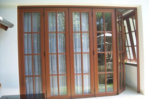 Kanopi aluminium buka tutup Lovera, Pintu kusen dan jendela aluminium