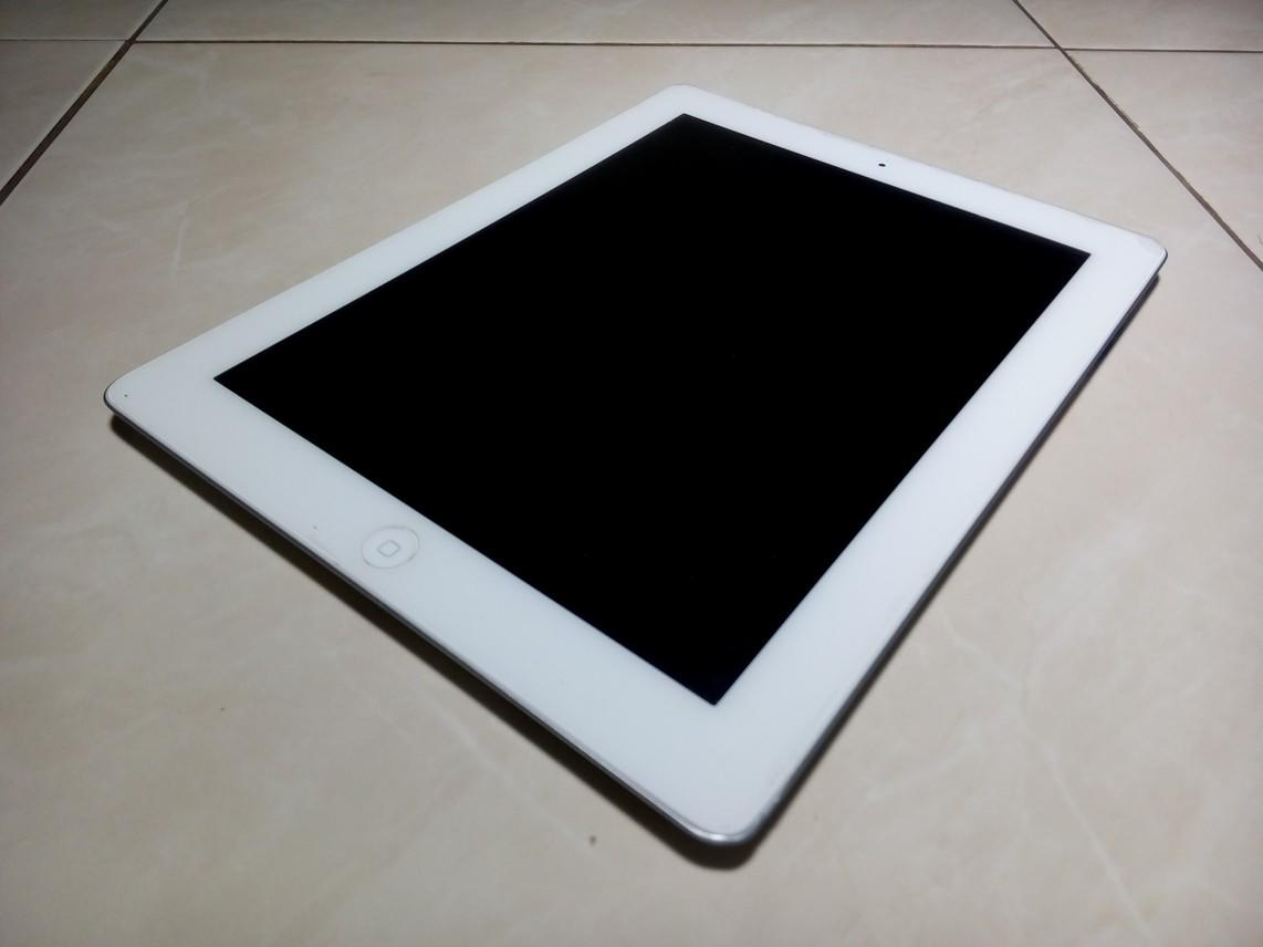 JUAL IPAD 4 64gb White Fullset
