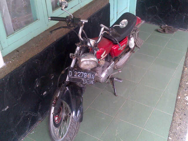 Honda CB,CB 100 CB 125 BANDUNG MASUK