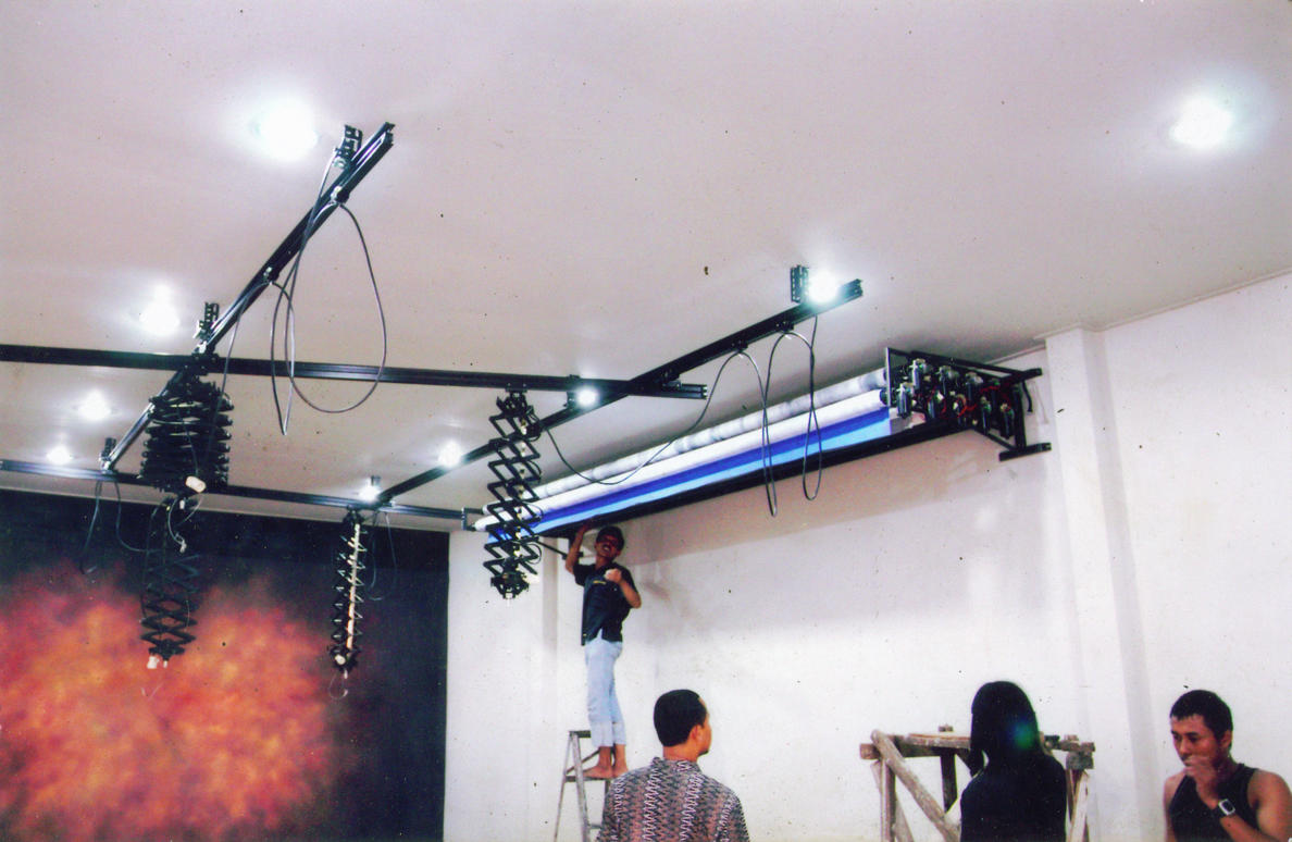 Electrick Background / Motorolling Electrick Background Studio photo