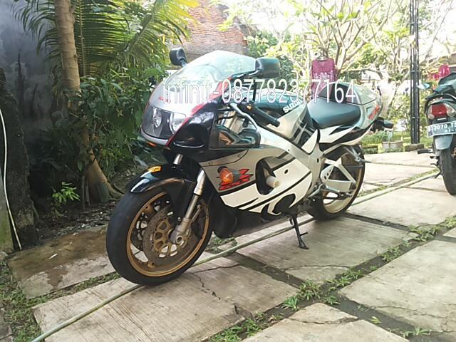 Moge Suzuki Gsx 750 stnk bpkb