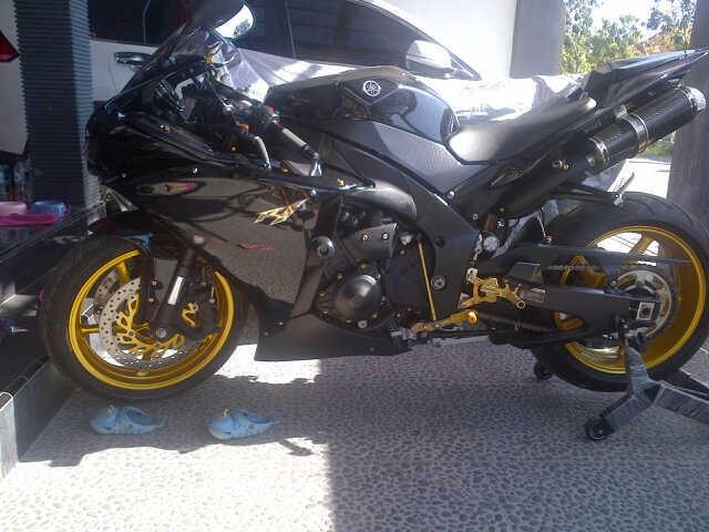 YAMAHA R1 2011 (Cbr600,Cbr1000.Zx10.zx6.Ducati) Masuk Gan