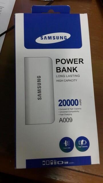 Powerbank SEMUA Merk(Vivan,Hippo,Yoobao) & Handsfree Bluetooth SEMUA Merk HP