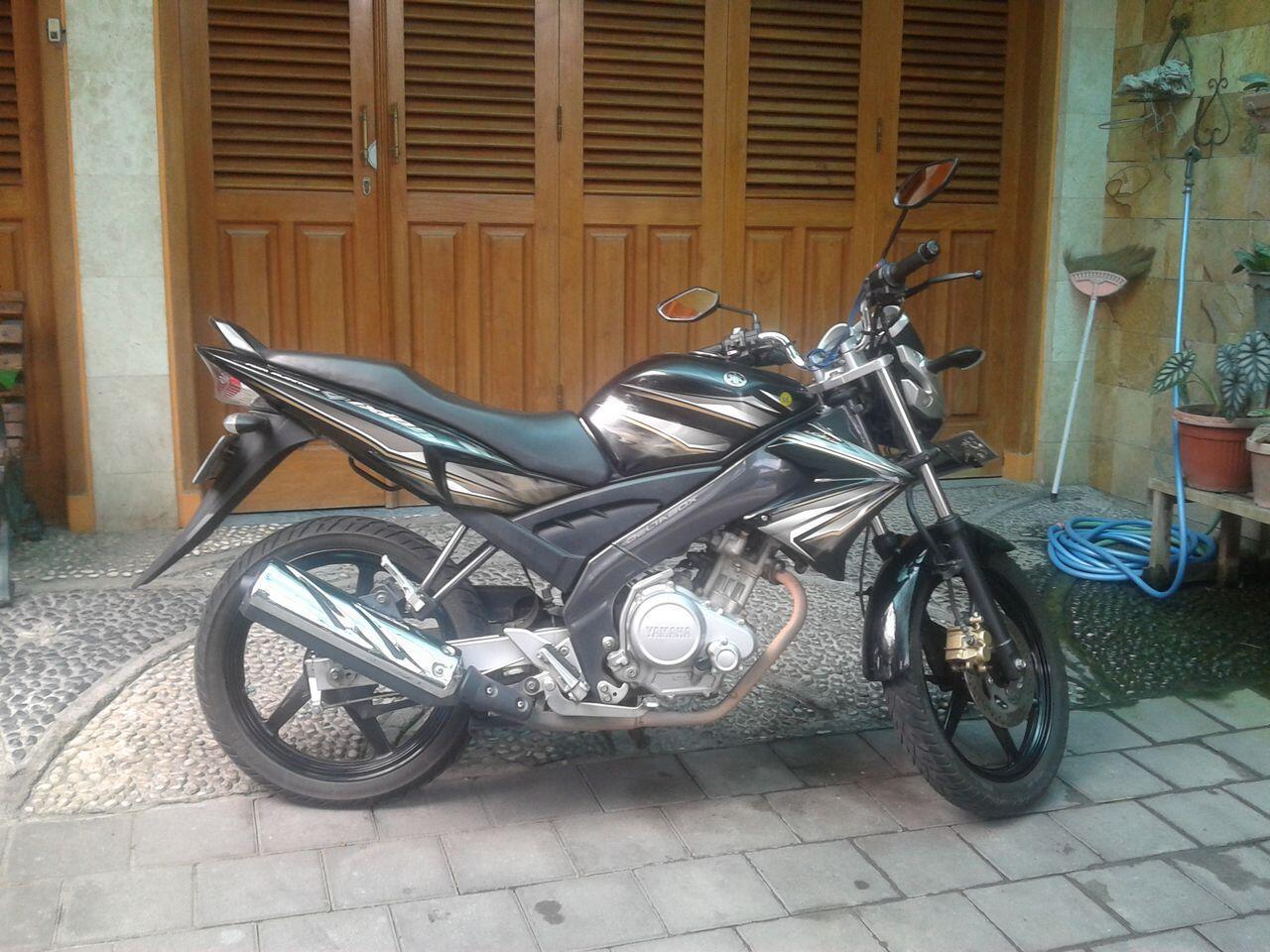 Yamaha Vixion Hitam 2011 Full Ori
