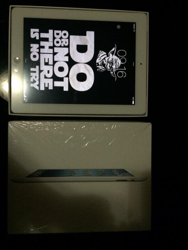 Ipad 3 white 64GB wifi + cell mulyus gannn