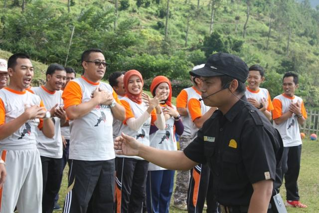 Outbond Trustco Jateng
