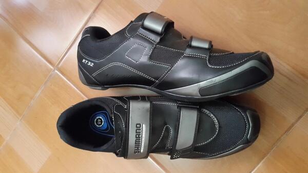 Sepatu sepeda shimano ukuran bule