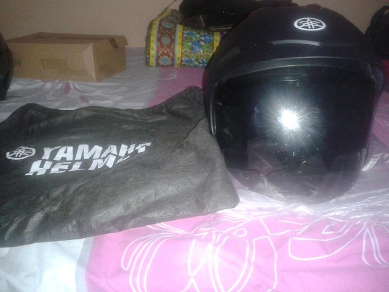 Helm Yamaha (Bawaan Yamaha Vega)