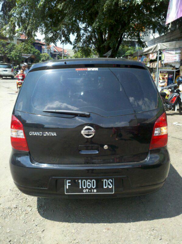 Nissan Grand Livina SV 2013 m/t - F Bogor Eks Ibu Ibu