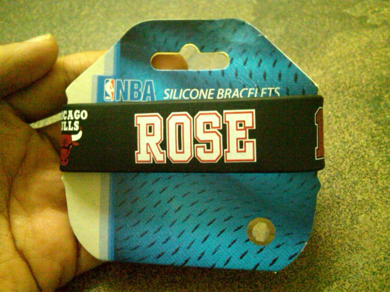gelang basket rose bull dan jersey bulls deng